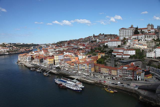 CAU/BR, Itamaraty e MEC debatem revalidação de diplomas brasileiros em Portugal, Porto, Portugal. Image © Rick Ligthelm, via Flickr. Licença CC BY 2.0
