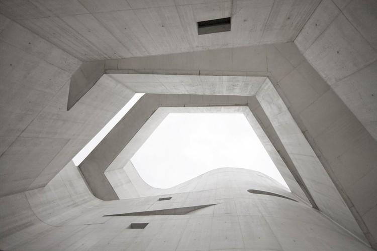 A autonomia da fotografia: re-apresentações de arquiteturas, Museu Iberê Camargo / Álvaro Siza. Image © Fernando Guerra |  FG+SG