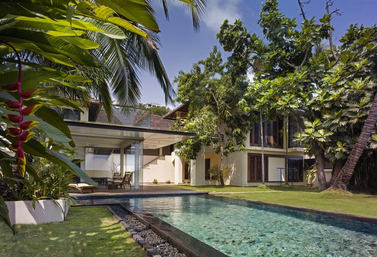 Residência Ribandar / Raya Shankhwalker Architects, © Harshan Thomson