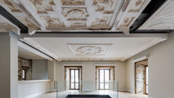 XVIII Emblazoned House Refurbishment / Marcos Miguélez