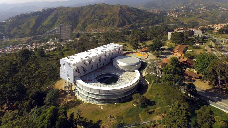 Colegio Lusitania Paz de Colombia / Camilo Avellaneda, © Carlos Alfonso Avellaneda