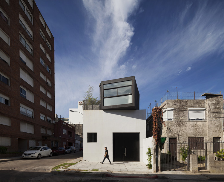 MD House / Pedro Livni