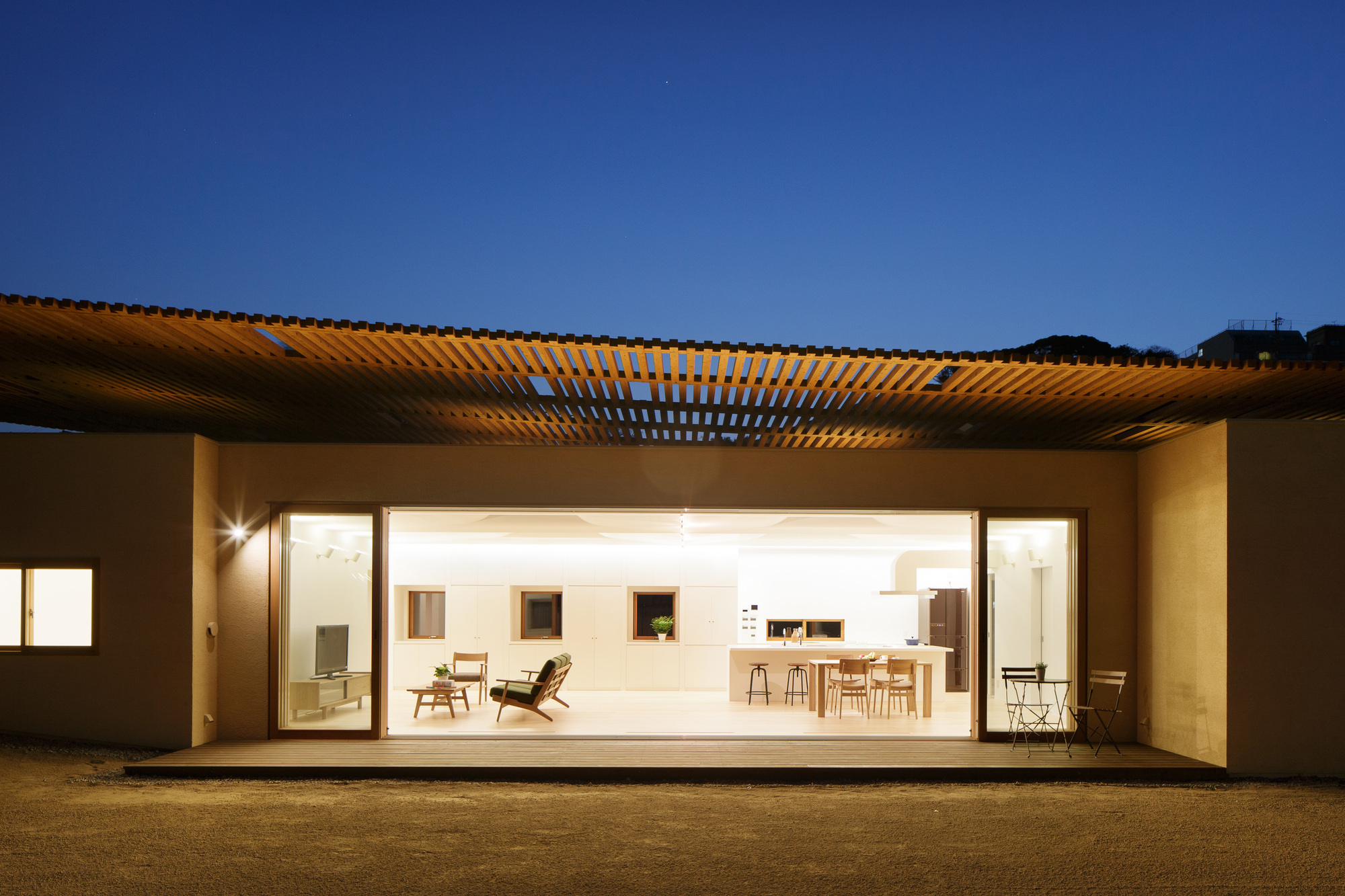 Gallery Of Double Roof House Suep 2