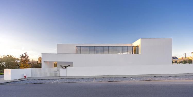 Casa em Felgueiras / AZO. Sequeira Arquitectos Associados, © Hugo Delgado | WAPA