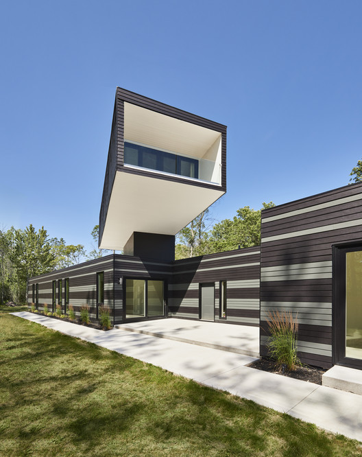 A Bower House  / Kariouk Associates, © Photolux Studio / Christian Lalonde