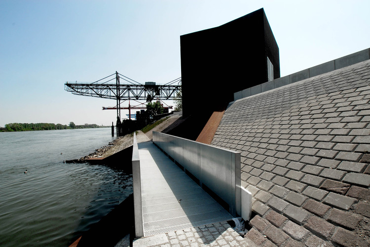 Pumping Station Mainz / SYRA_Schoyerer Architekten, Courtesy of  SYRA_Schoyerer Architekten