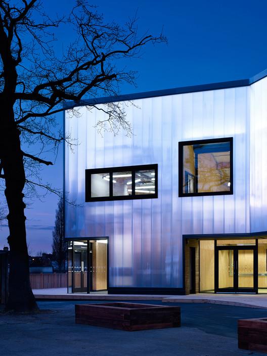 RIBA Great British Buildings Tours: Graveney School Sixth Form Block, © Kilian O'Sullivan