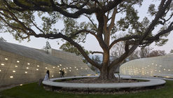Kaplan Family Pavilion at City of Hope / Belzberg Architects