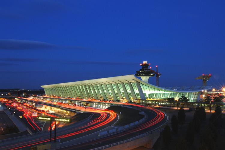 10 Projetos essenciais para entender a arquitetura do transporte, © MWAA
