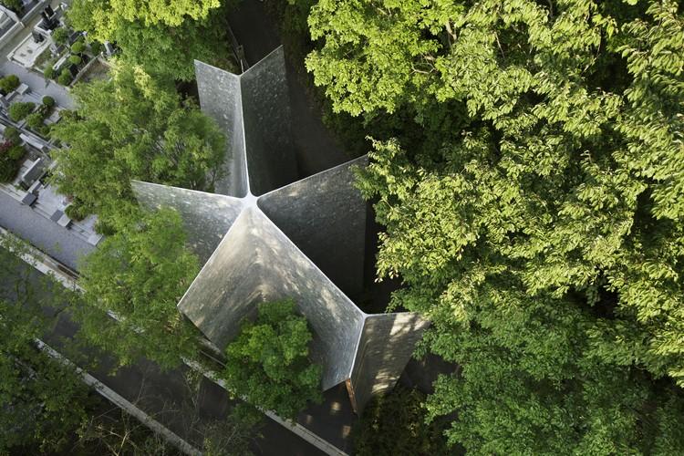 Capilla del Bosque Sayama / Hiroshi Nakamura & NAP, © Koji Fujii / Nacasa & Partners Inc.