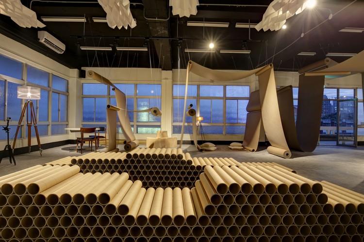 Happier Café - Paper Space / JC Architecture, © Zach Hone