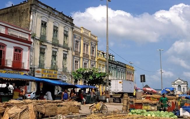 IPHAN lança livro sobre azulejos que constroem a narrativa histórica e cultural da cidade de Belém, Belém do Pará. Image via http://turismo.ig.com.br/