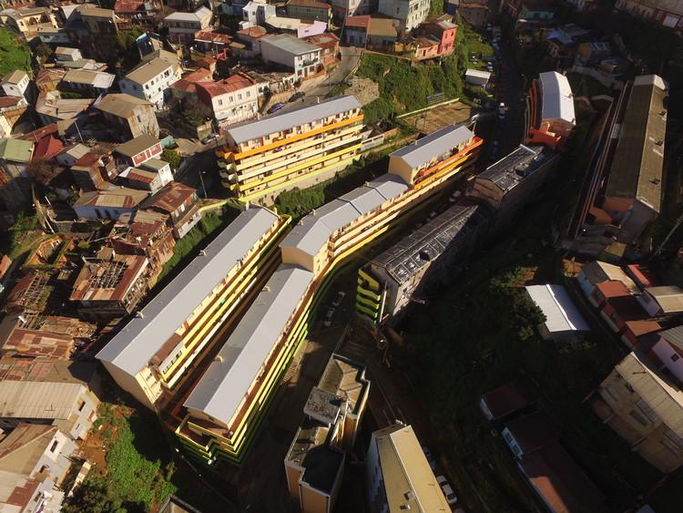 Clásicos de Arquitectura: Población Marquez de Valparaíso / Pedro Goldsack, © Rene Montaño Zambrano, Daniela Fuentes Caro, Solanyeth Barra Abarzúa