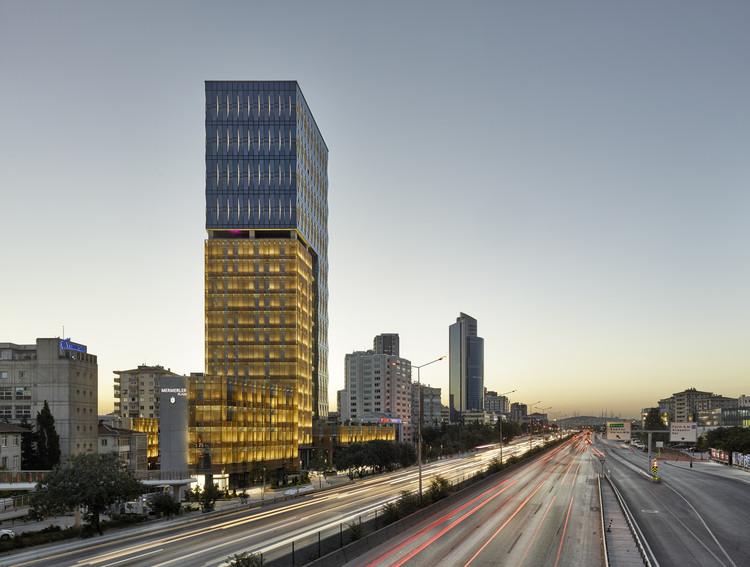 Mermerler Plaza / Ergün Architecture, © Cemal Emden