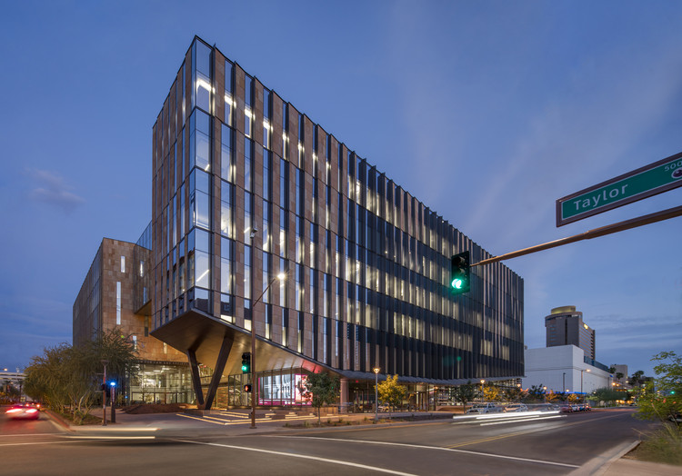 Beus Center for Law and Society  / ennead Architects, © Bill Timmerman