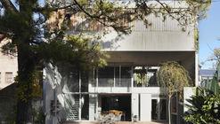 House in Beccar  / Film Obras de Arquitectura