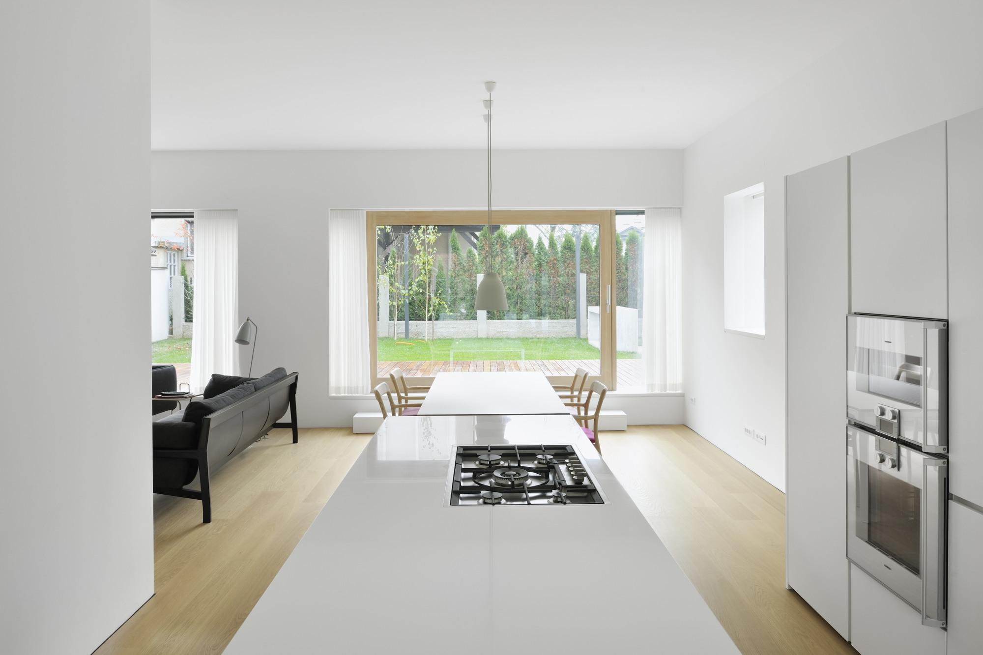 House JP / Bevk Perović Arhitekti | ArchDaily