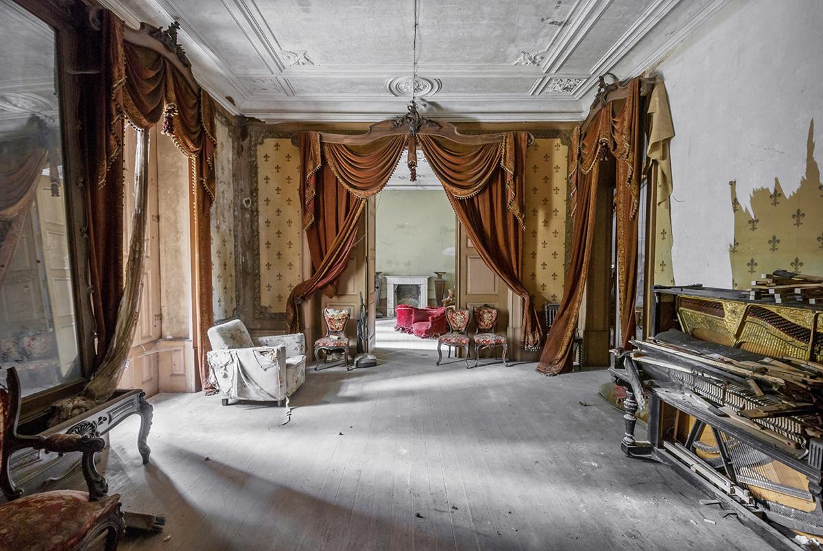 Photographer Mirna Pavlovic Captures The Decaying Interiors Of Grand European Villas