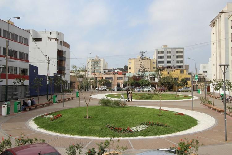 Plaza 31: un nuevo espacio público en San Isidro, Lima, Cortesía de Oficina de Planeamiento Urbano - Municipalidad de San Isidro