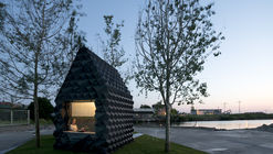 Urban Cabin / DUS Architects