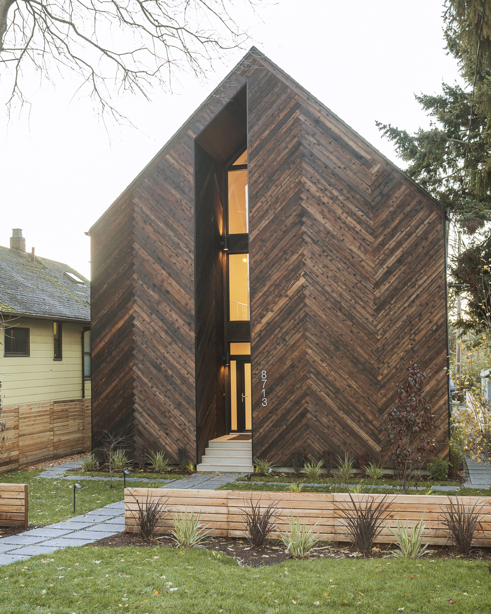 Architecture House And: Palatine Passive House / Malboeuf Bowie Architecture