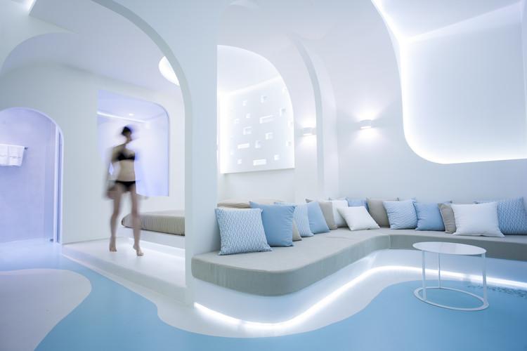Andronikos Hotel Santorini / KLab Architecture, © Akis Paraskevopoulos
