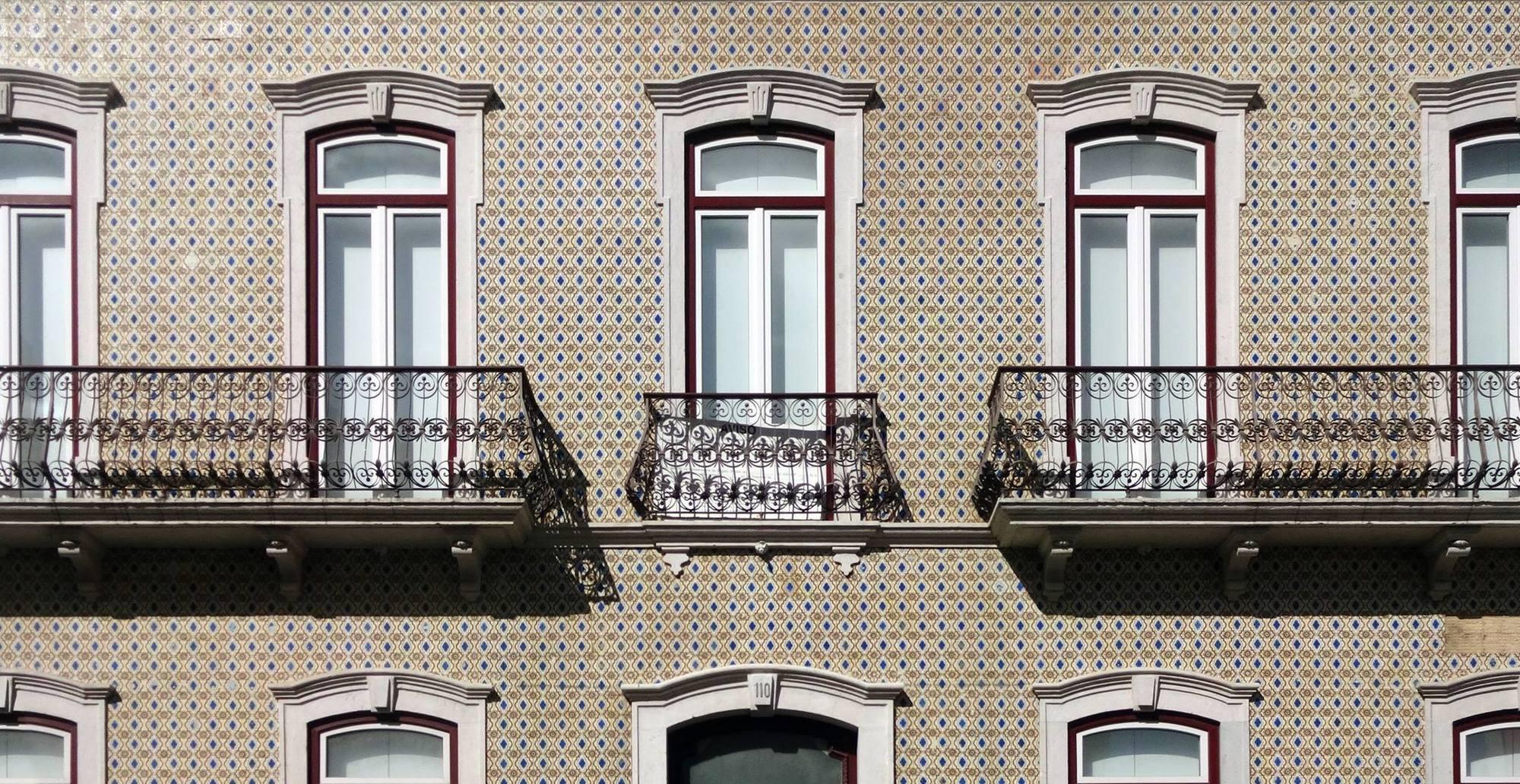 """Fotógrafo documenta os famosos azulejos portugueses no livro """"Azulejos Padrão"""""""