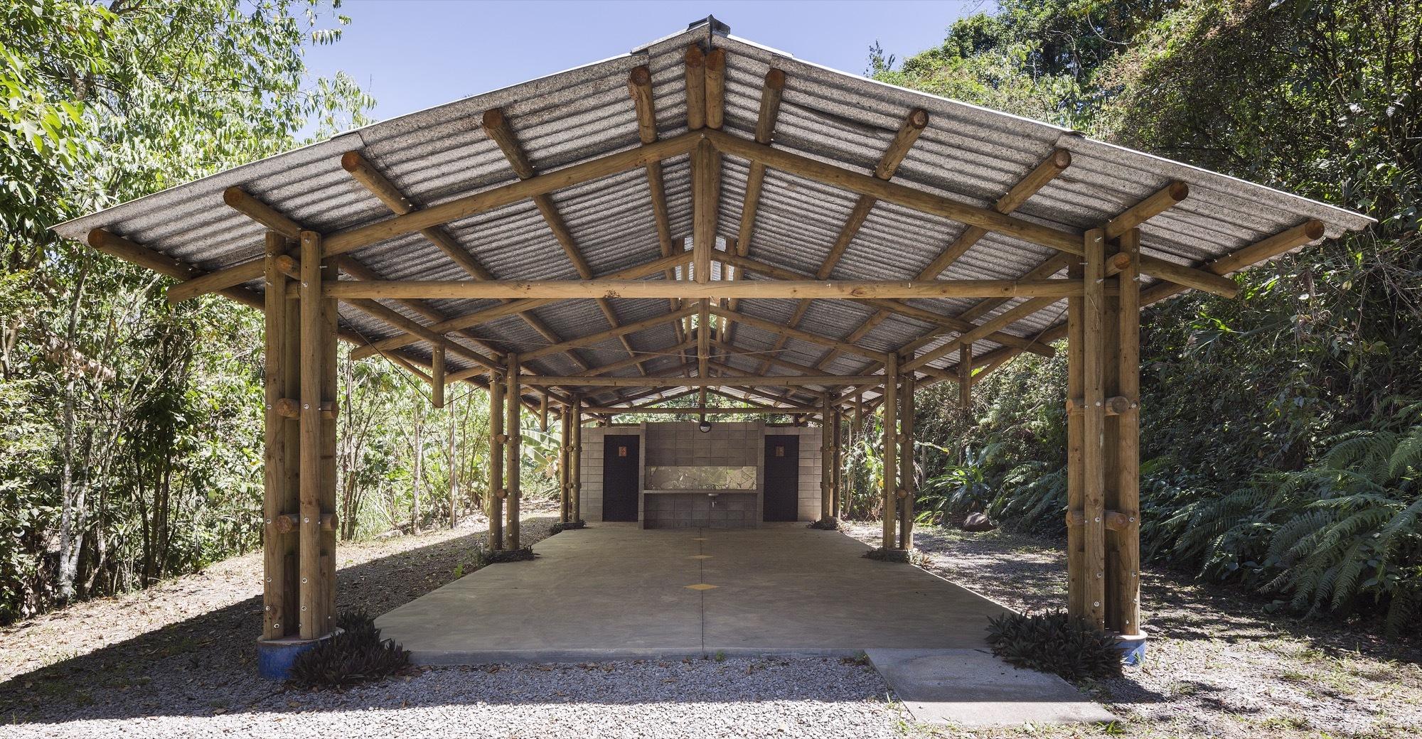 Dr. Luis Fournier Biological Reserve Welcoming Center / Fournier_Rojas Arquitectos