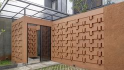 Istakagrha / RAW Architecture