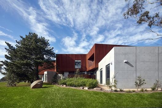 Somerville Police Complex / Baldasso Cortese Architects