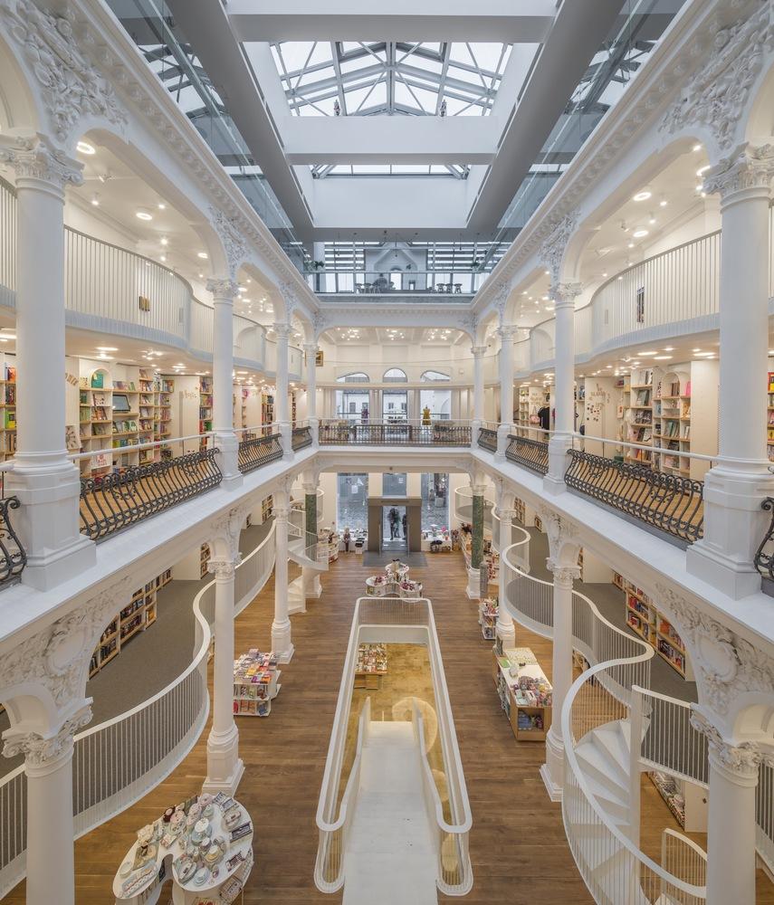 Cărturești Carusel: όταν τα βιβλιοπωλεία γίνονται εστίες πολιτισμού