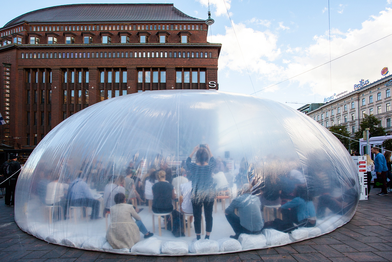 Plastique Fantastique Wrap Inflatable Intervention Around Historic Magnificent Superkolmemen