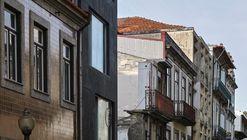 Residential Building / Paula Santos Arquitectura