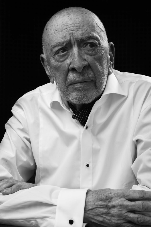Fallece el arquitecto mexicano Manuel Larrosa, Medalla Bellas Artes 2016,  © Carlos Golo . Image Cortesía de INBA