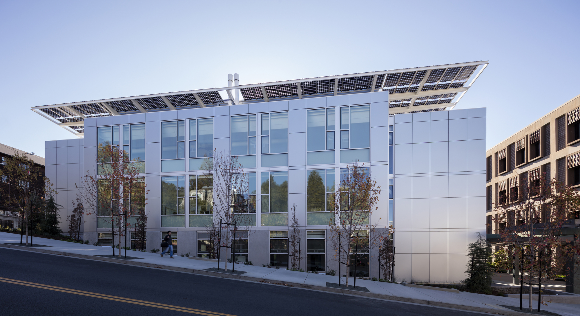Jacobs Institute for Design Innovation / LMS Architects ...