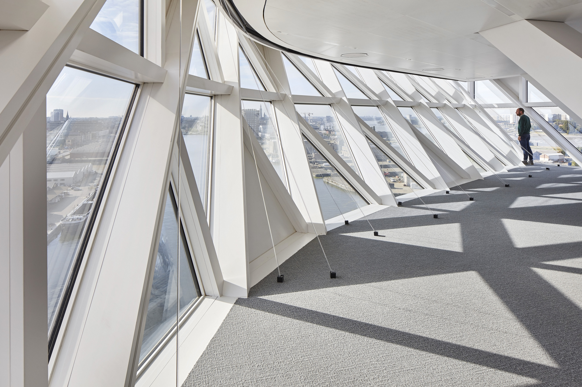 Gallery of antwerp port house zaha hadid architects 25 for Interieur antwerpen