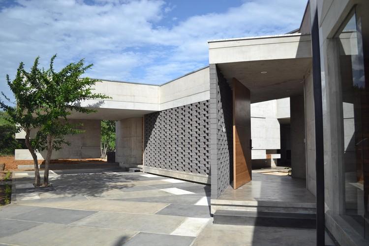 Casa C-17 / Balmor Pereira / XXStudio, © 21estudio + XXStudio