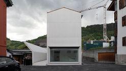 House in Laax  / Valerio Olgiati