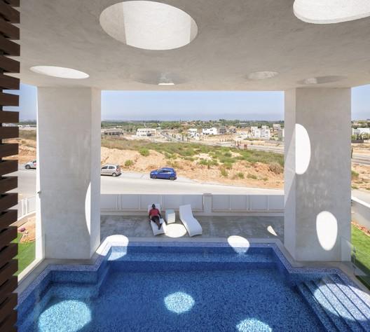 A House in Irus / Dan and Hila Israelevitz Architects