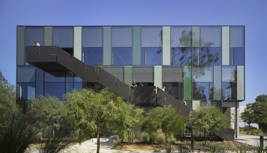 Walter and Leonore Annenberg Center for Information Science and Technology at Caltech / Frederick Fisher and Partners