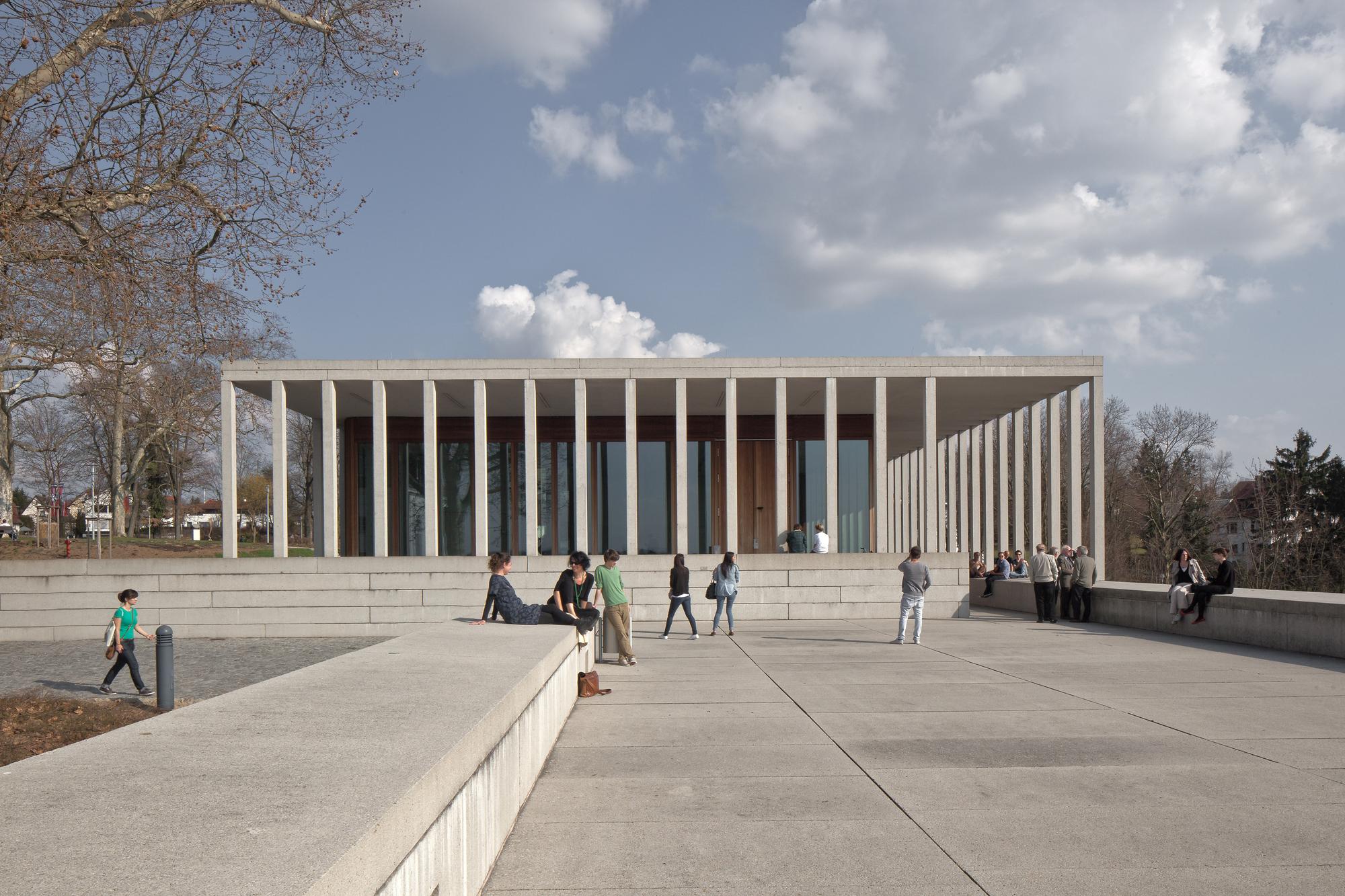 museum of modern literature david chipperfield architects archdaily - Modern Architecture Museum