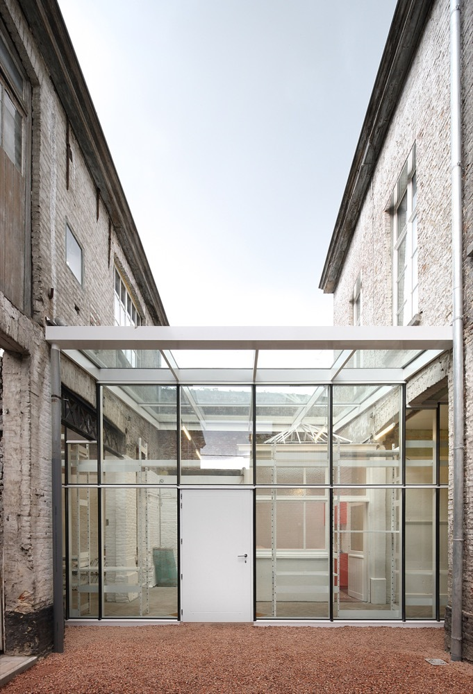 Gallery of tangram architecten de vylder vinck taillieu 6 for Dujardin kortrijk