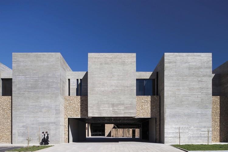 Cassino Ovalle e Hotel Keo / Turner Arquitectos, © Felipe Díaz Contardo
