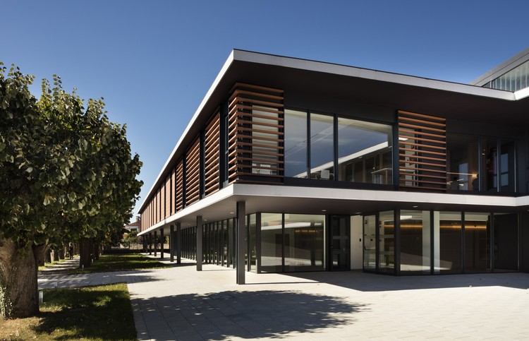 Centro socio-sanitario residencial para personas mayores  / Rubio Bilbao Arquitectos, © Kike Llamas