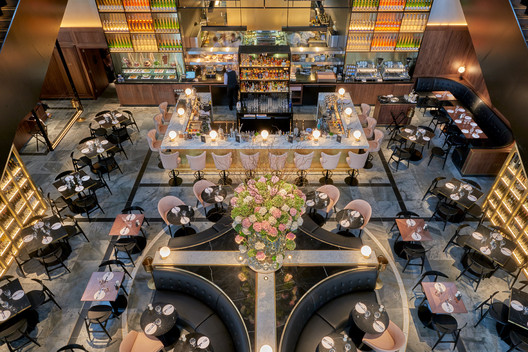 German Gymnasium (London, UK) / Conran & Partners . Image Courtesy of The Restaurant & Bar Design Awards