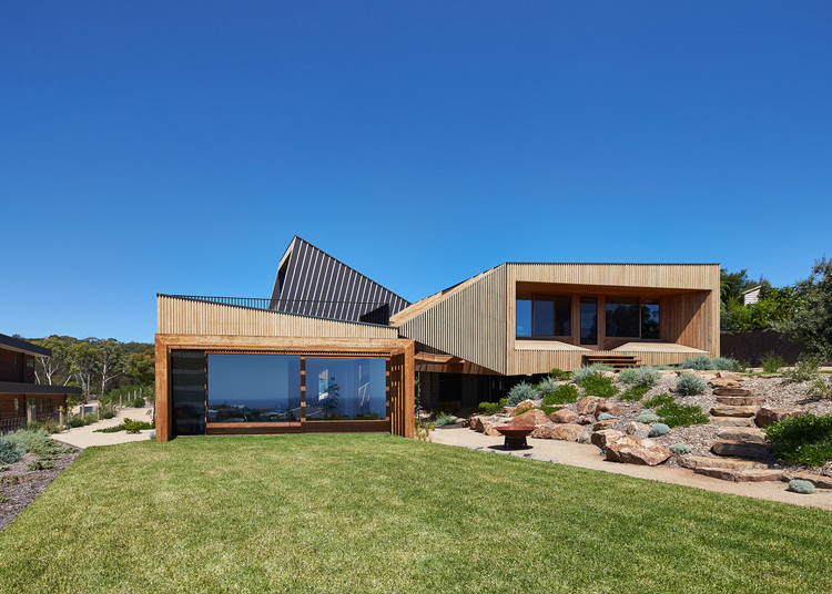 Split House / BKK Architects, © Peter Bennetts