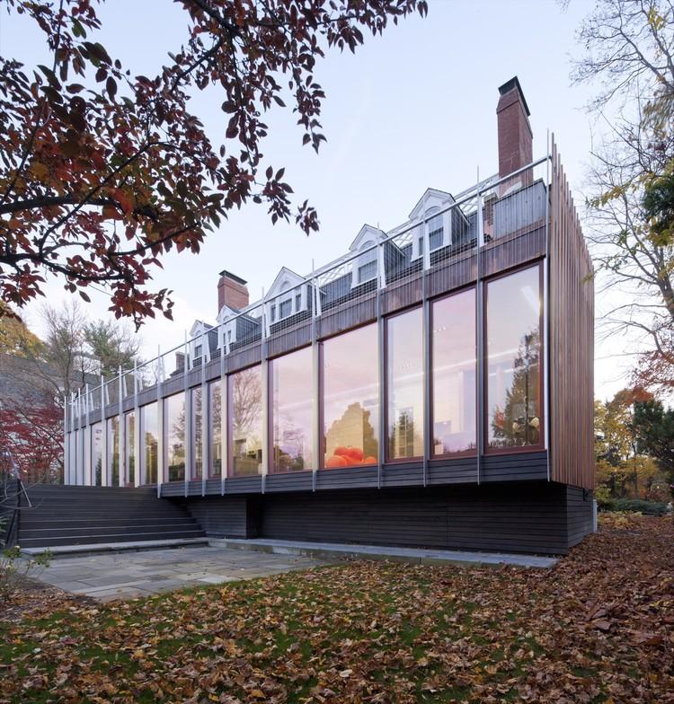 Newton House / NADAAA, © John Horner