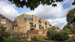 Cooperative Housing Scheme / Peter Barber Architects + Mark Fairhurst Architects