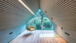 The Enchanted Shed / Sue Architekten