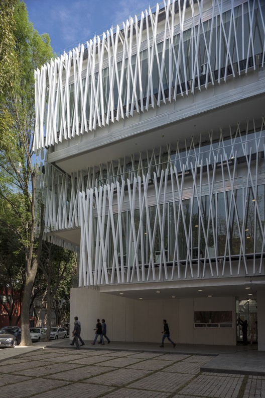 Universidad Panamericana - Talleres Valencia / TEN Arquitectos, © Luis Gordoa